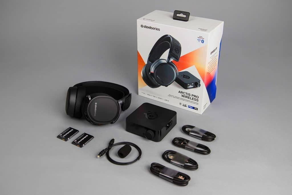 SteelSeries Arctis Pro Wireless streaming gaming headset